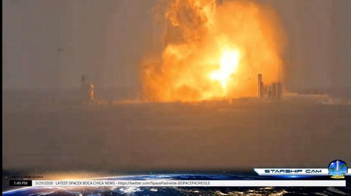 Roket SpaceX Meledak