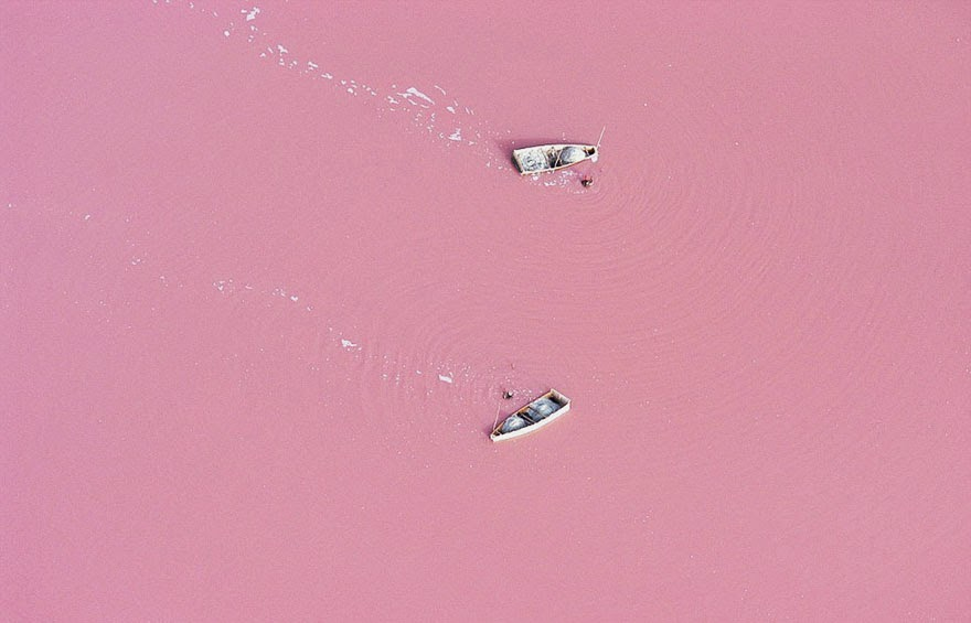 20. Lake Retba (also know as Lac Rose) located in the Cap Vert peninsula of Senegal - 29 Unbelievable Locations That Look Like They're Located On Another Planet