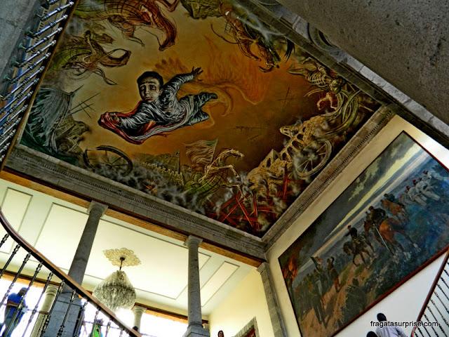 """mural """"Sacrifício dos Meninos Heróis"""", no Castelo de Chapultepec - Museu de História do México"""