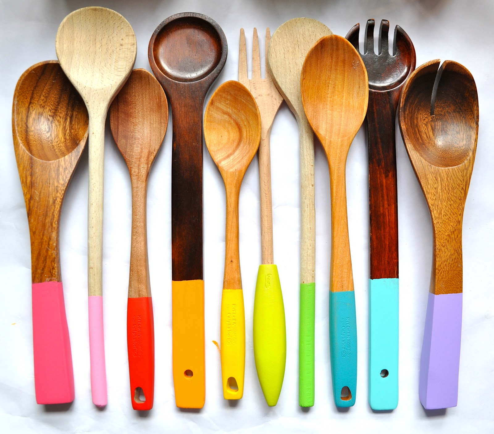 Little Bit Funky: painting wooden spoons!