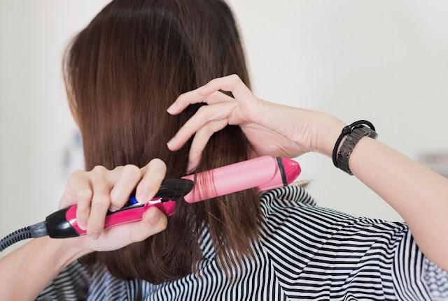 Hindari alat panas untuk rambut