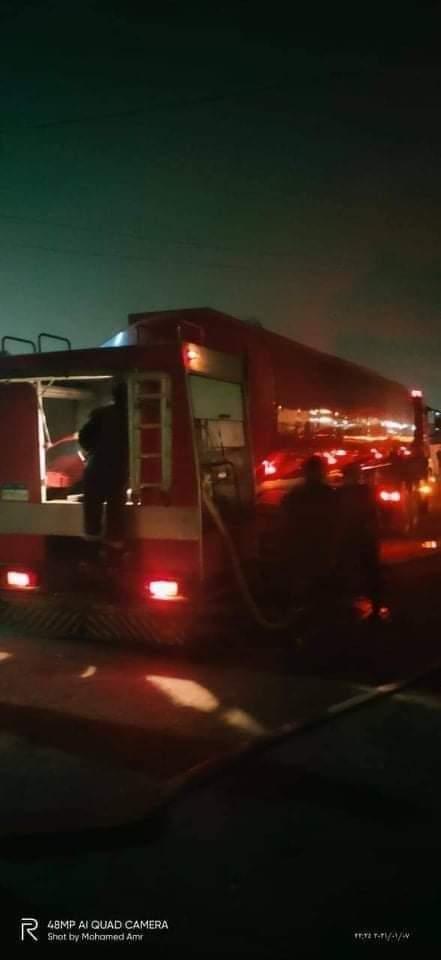 السيطرة على حريق هائل مخزن زيوت بقرية التوفيقية بالبحيرة دون إصابات بشرية