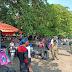 Pelaksanaan Penyekatan Pengunjung Guna Mengantisipasi Timbulnya Kerumunan di Kawasan Pantai Bantukaras