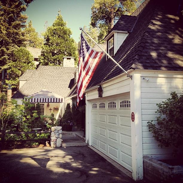 patriotic houses
