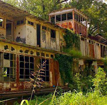 Abandoned Towboat Mamie S…