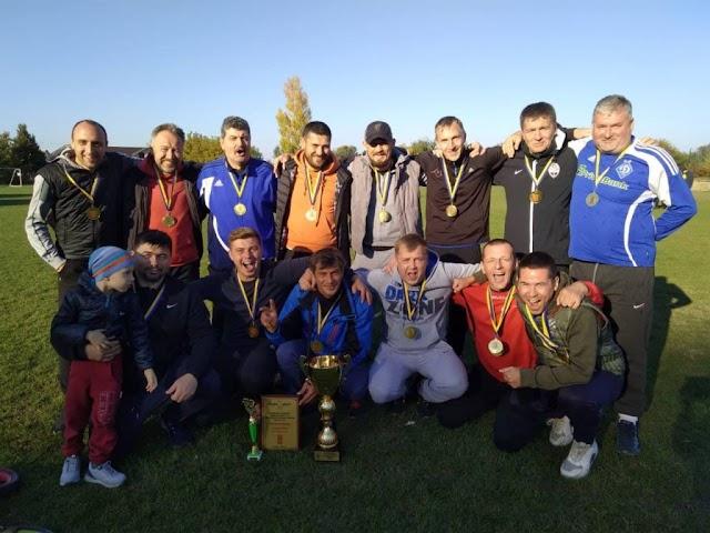 Футбольні перемоги спортсменів Української громади