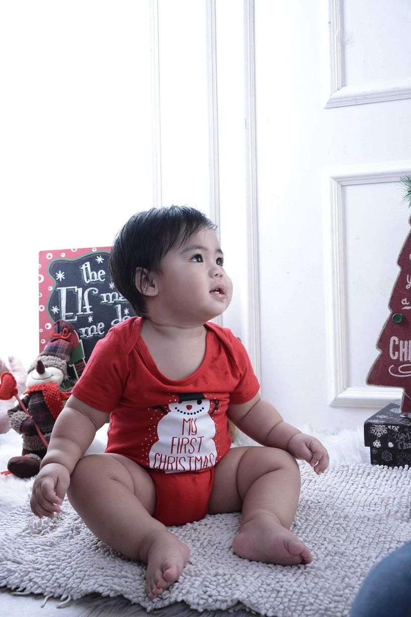 Baby Christmas red theme at Nice Print Studio