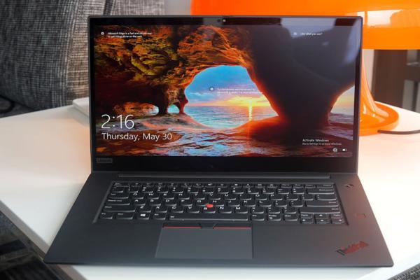Lenovo X1 Extreme Gen 2 بشاشة OLED 4K قد يكون جهاز الكمبيوتر المثالي للسفر