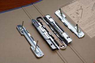 ドッチシリーズは閉じ具を両側から開閉可能