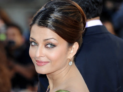 Aishwarya Rai Standard Resolution Wallpaper 17