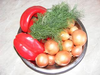 legume si verdeturi proaspete romanesti, retete cu ceapa si ardei kapia, preparate din ceapa si ardei capia, retete,