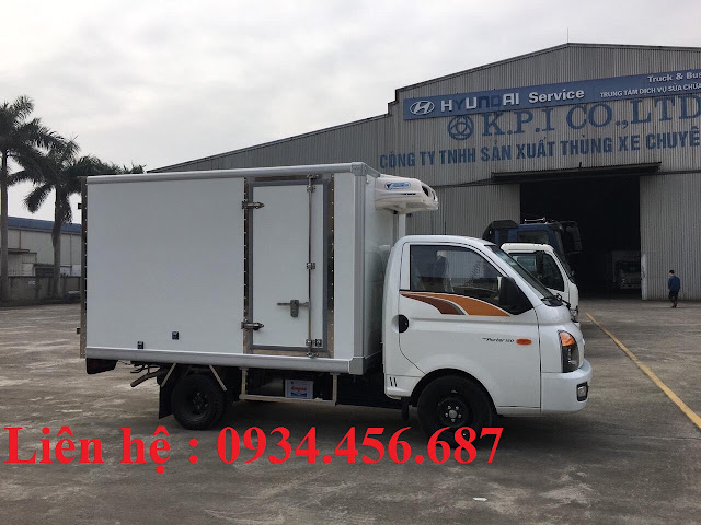 Xe tải đông lạnh Hyundai H150 năm 2021