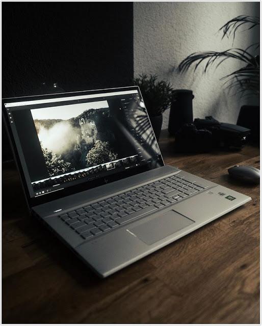 HP Envy 17, Sebuah Pilihan Laptop Layar Lebar