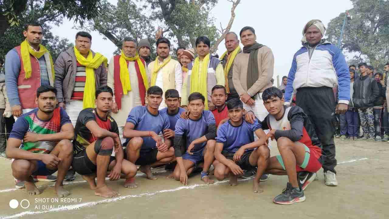 sbsp%2Bteam3 भारद्वाज स्पोर्टिंग क्लब द्वारा कबड्डी मैच का आयोजन , मुख्य अतिथि सिद्धार्थ राजभर।