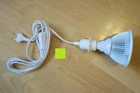 Pflanzenlampe: kwmobile E27 Lampenfassung 3,5m Weiß - Netzkabel mit Schraubring Schalter - Lampenhalter und Kabel - Pendelleuchte - Lampenaufhängung - Hängeleuchte