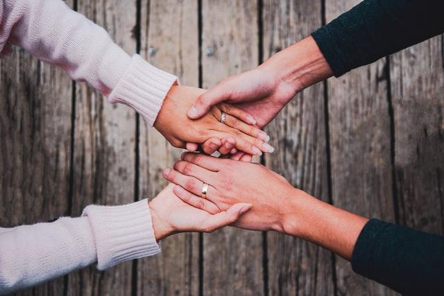 نصائح لإعادة الدفء إلى العلاقة الزوجية