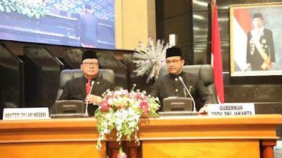 Terbitkan Izin Kepala Daerah ke Luar Negeri, Mendagri Singgung Anies