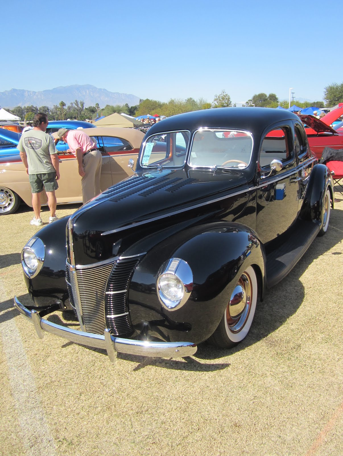 covering classic cars palm desert car show highlights. Black Bedroom Furniture Sets. Home Design Ideas