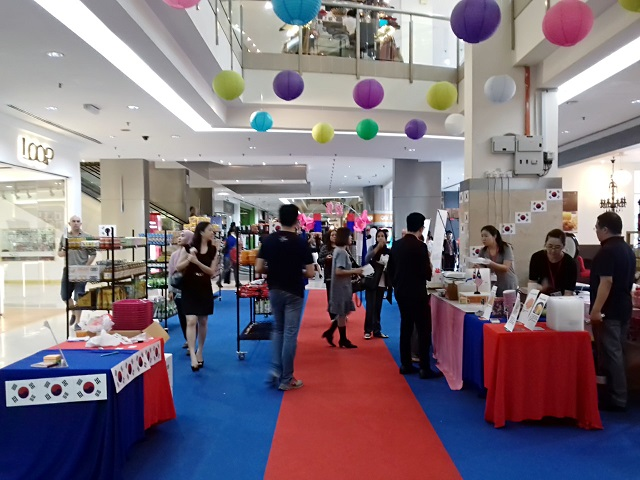 KOREAN FAIR 2016 DI HARTAMAS SHOPPING CENTRE