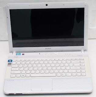 Jual Laptop Sony Vaio E Series Core i3 Bekas