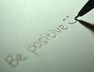 10 Cara Menjadi Positif di Situasi Sulit
