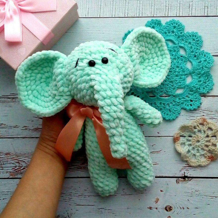 слоник из плюшевой пряжи крючком