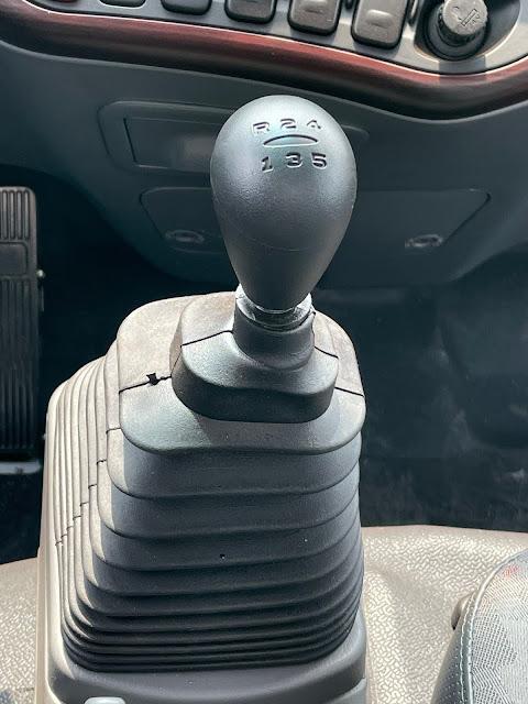 Cần số Hyundai 110XL