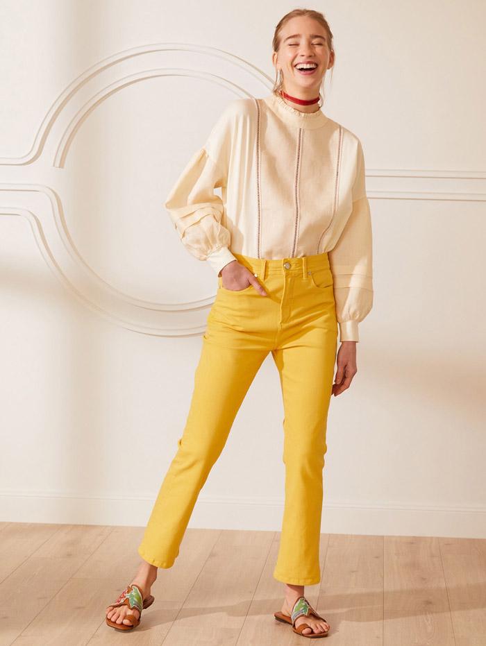pantalones de jeans de colores primavera verano 2021