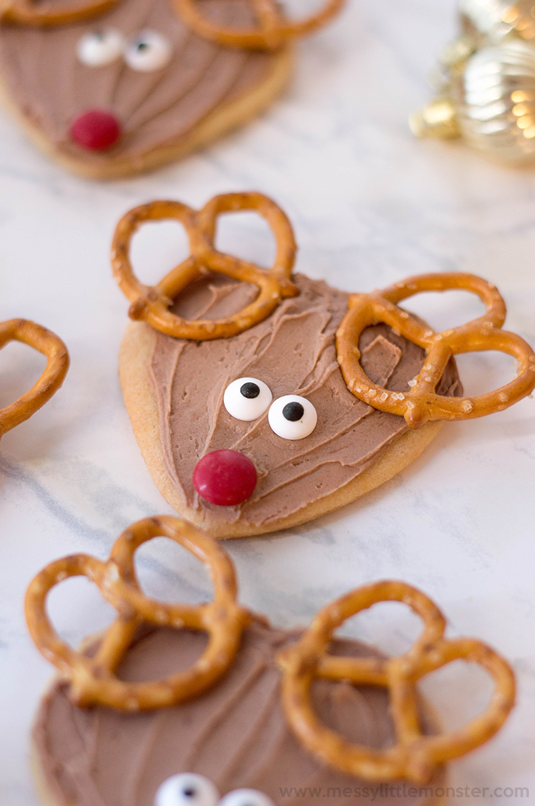 Reindeer cookies. Christmas cookies for santa