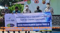 Sumbang 2 Ton Beras Bank BJB Karawang Untuk Warga Terdampak Covid-19