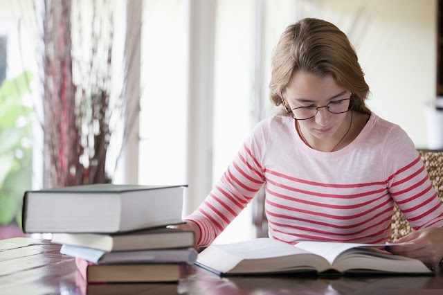 How to Succeed as a Nontraditional Student: Tips and Tricks