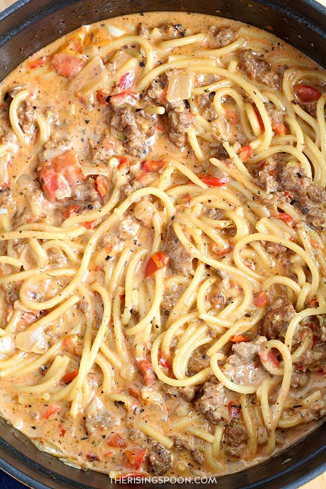 Easy Recipe with Pantry Ingredients: Creamy One-Pot Spaghetti with Italian Sausage