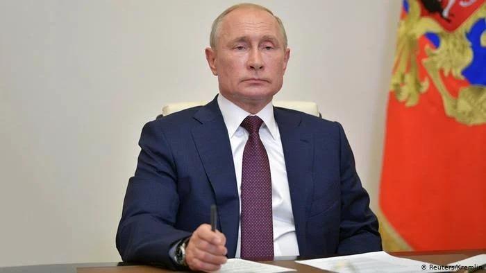 "Rusia registra y aprueba la primera vacuna contra el Covid-19; la bautiza ""Sputnik V"""