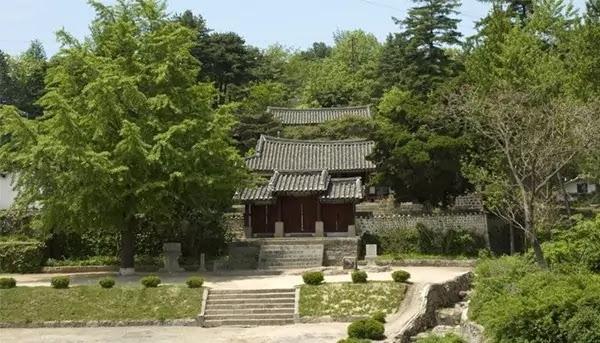 Sungyang Confucian Shrine