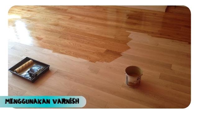 membersihkan lantai vinyl dan kayu