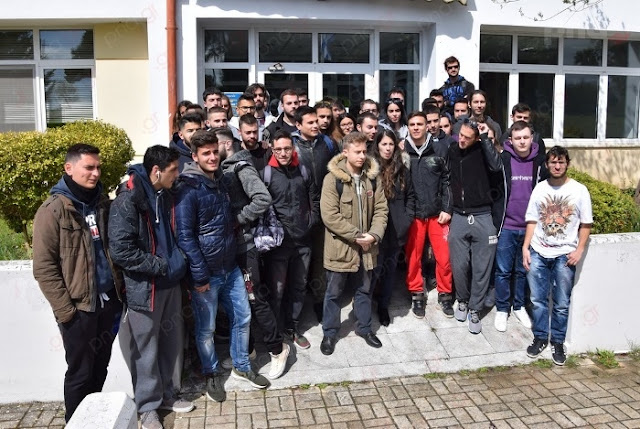 Κατάληψη Φοιτητών του τμήματος Πληροφορικής & Τηλεπικοινωνιών στο Πανεπιστήμιο Πελοποννήσου (βίντεο)