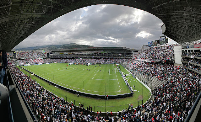 Estadio Liga Universitario de Quito
