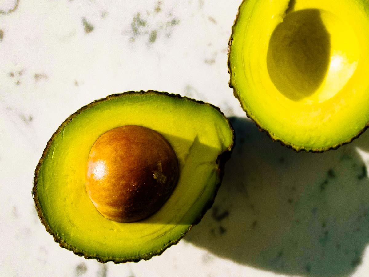 5 frutas de verão que trazem vários benefícios para pele, de hidratação à proteção e ação anti-idade