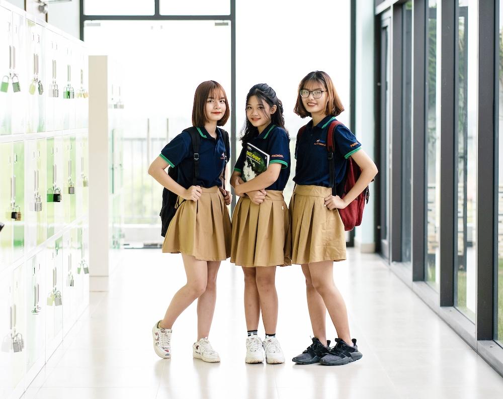 Mẫu đồng phục học sinh trường THPT FPT