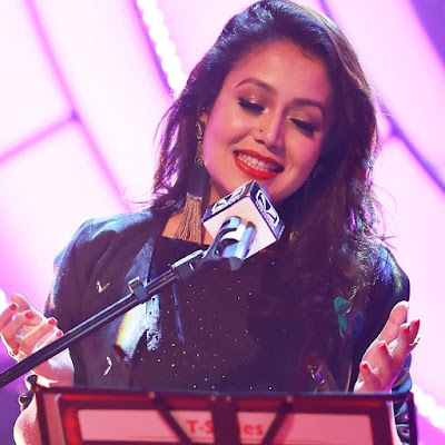 Download Neha Kakkar new hot images