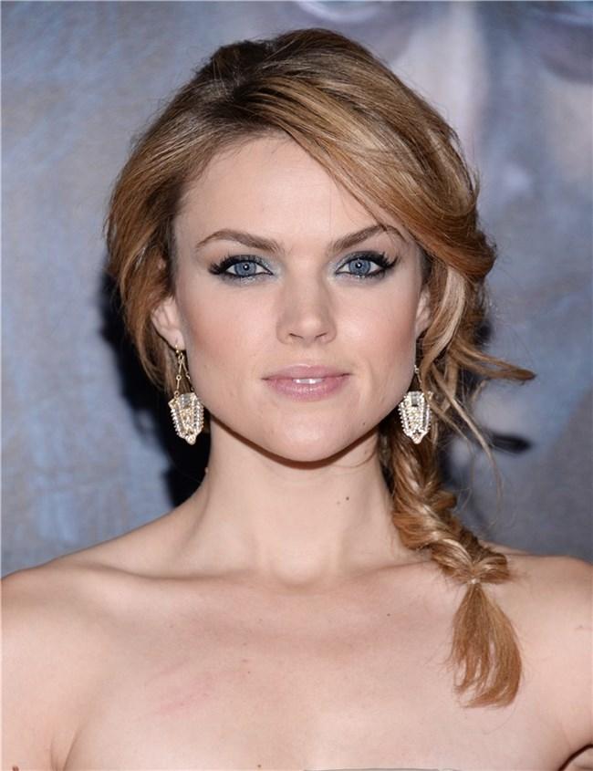 9 peinados glamourosos según tu vestido Extensionmania - Peinados Para Cuello Halter