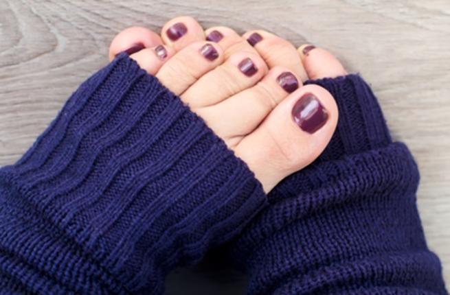 نصائح هامة للعناية بالأقدام هذا الشتاء!