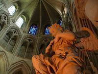 Cathédrale de Lisieux a 1/2 h  des gites