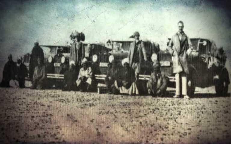 Οι Μυστηριώδεις Θολοί Αλλά Διάφανοι Λίθοι που Βρέθηκαν στην Έρημο της Λιβύης