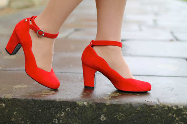 Red or Dead red suede ankle strap shoes
