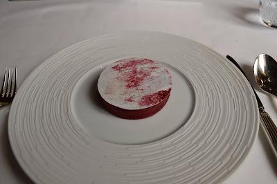 Gavotte framboise/vinaigre balsamique restaurant le Gabriel (8 -ème.)
