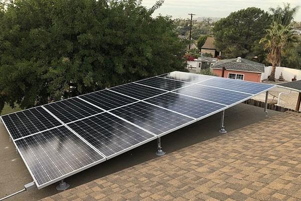 Panel solar en la azotea: pros y contras 2