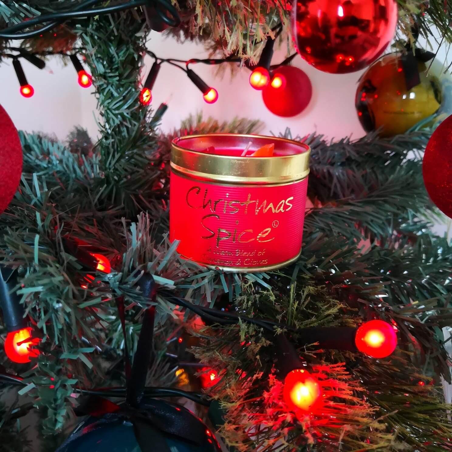Lilyflame Christmas Candle