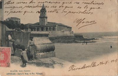 Postal de Gijón. Foto Villegas