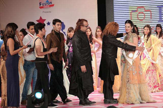 MISS RAJASTHAN organised by Yogesh Mishra. Geetanjali won the title for MISS RAJASTHAN 2016